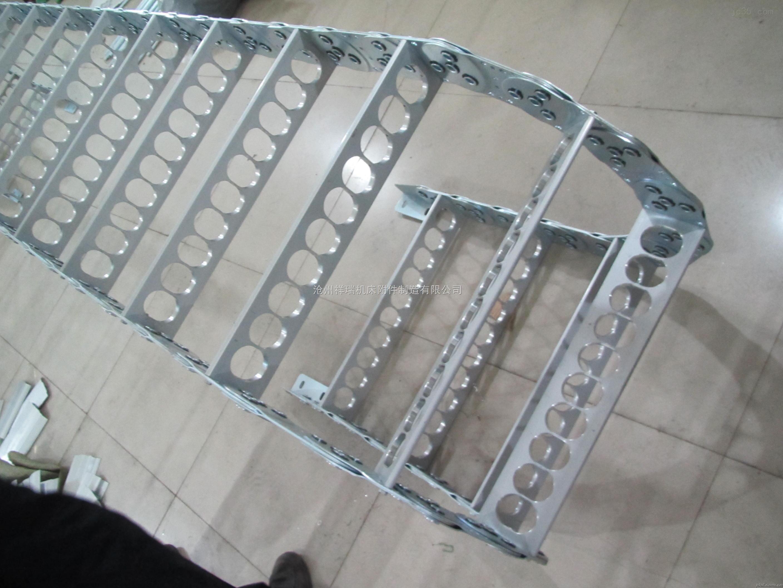 TLG175型钢铝拖链其使用行程大为32米