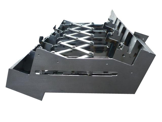 特殊钢板制作的伸缩式护罩