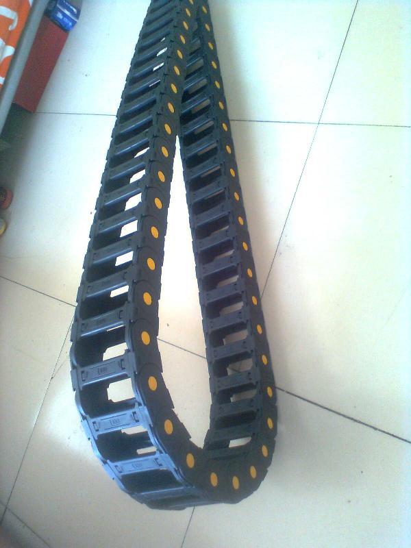 穿线电缆塑料拖链产品图