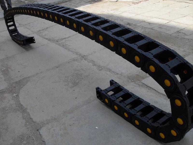 机械线缆塑料拖链产品图