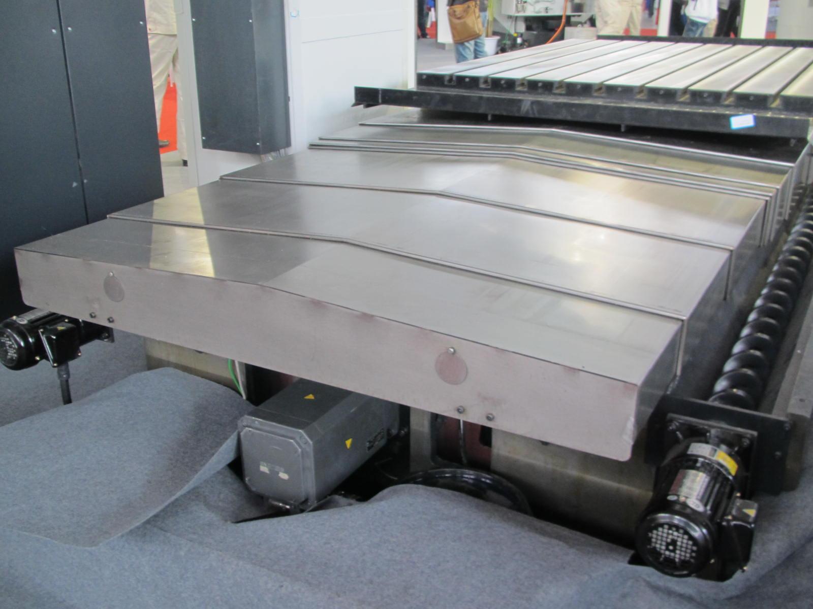 钢板机床导轨防护罩产品图